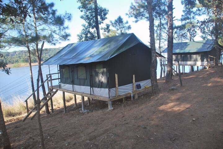 Umiam Lake View Luxury Tents-4