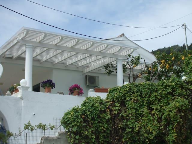 Agathi Beach Hous(URL HIDDEN)  - Agios Gordios - Casa