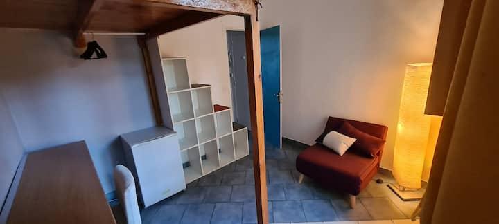 Chambre avec salle d'eau indépendante près Paris