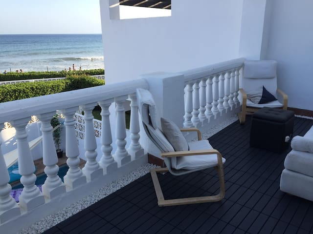 Family Beach townhouse in Marbella