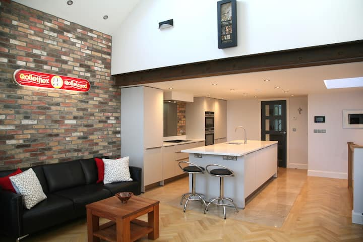 Superb, modern apartment in a fabulous location