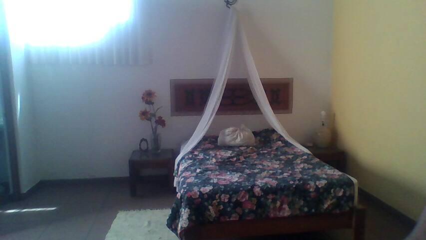 Encantadora habitación colonial moreliana