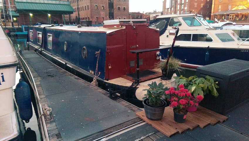 Traditional narrowboat for 1-2 people - Gloucester - Barca