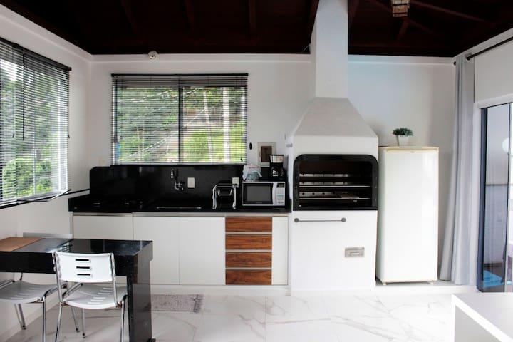 Casa Privada 2 - próximo a UFSC/Florianópolis - SC