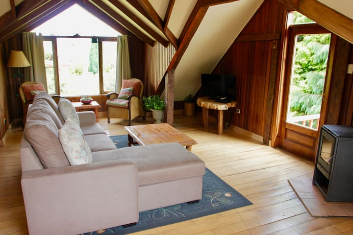 Quinta del Lago Cabin - Activities Included! - Puerto Varas - Hus
