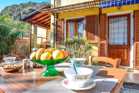 Terraced house with 2 bedrooms on 50m² in Camaiore
