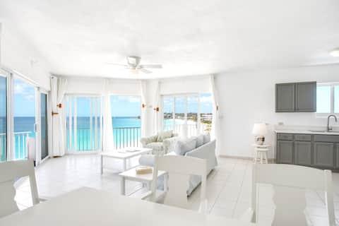Turtles Nest Beach Resort, condominio de 1 dormitorio frente a la playa