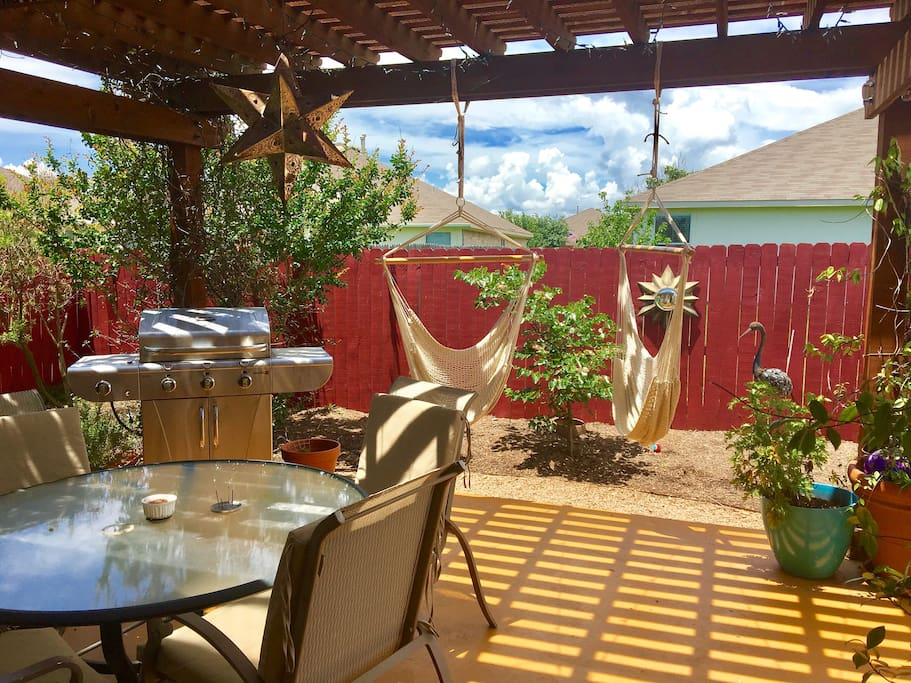 Private 2 bedroom 3 beds 1 bath in home houses for rent in austin texas united states for 2 bedroom house for rent austin tx