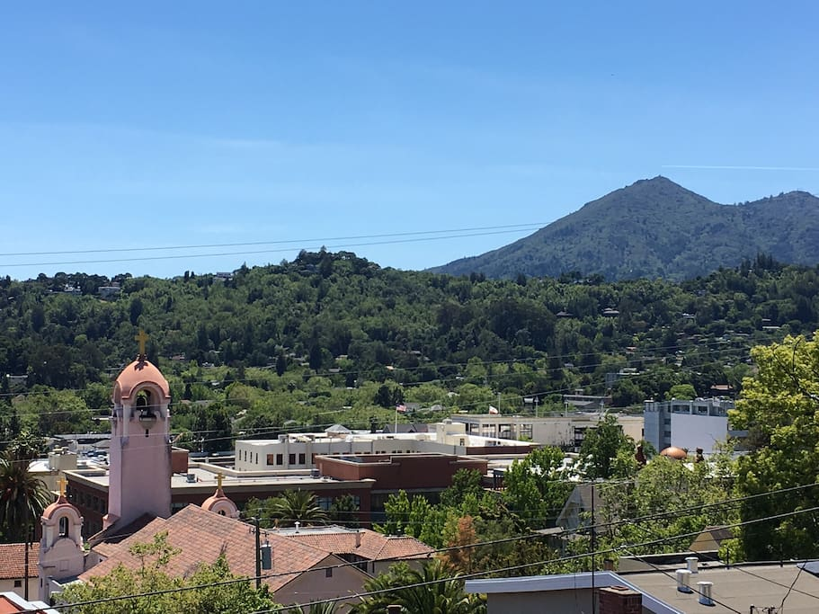 View of the historical San Rafael mission and mount Tam from the balcony. You can walk to down town San Rafael restaurant, cafe's and bars.