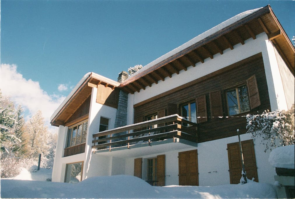 Le Havre Montana >> Chalet White Colibri - Chalets for Rent in Lens, Valais, Switzerland