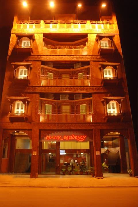 Hotel Malik Residency
