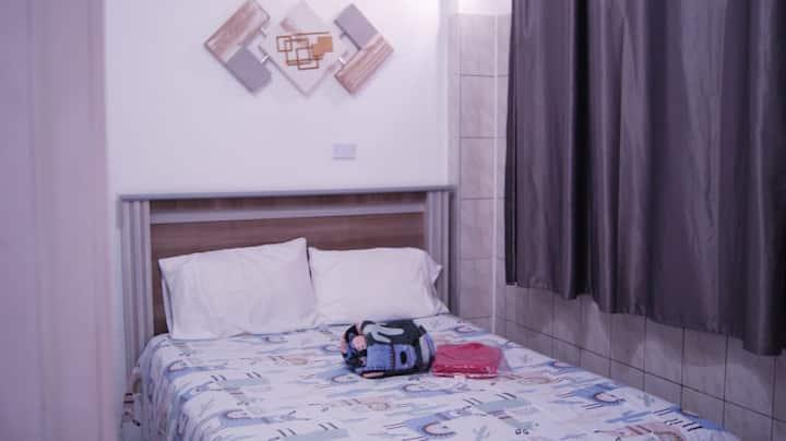 Quarto Casal Casa Confortável próx Centro