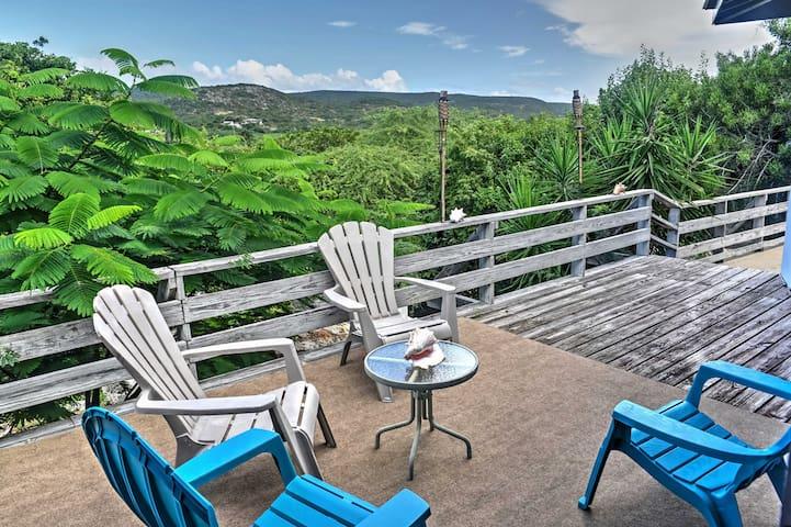 'Bellisima' Enchanting Guanica House w/Huge Deck!