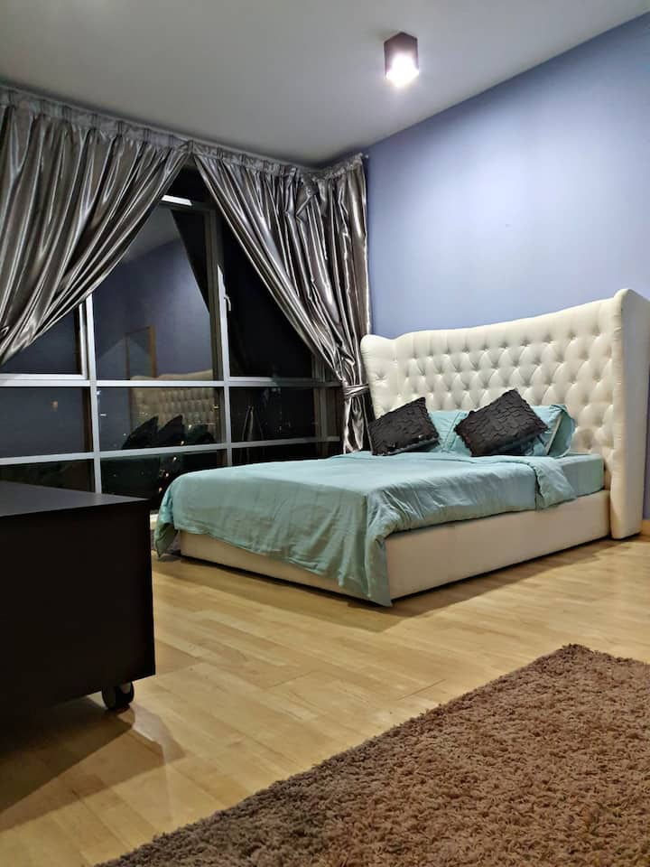 Publika Solaris Dutamas , 1 bed room  (800 sq ft)