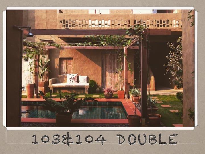 Double bedroom (103 &104)