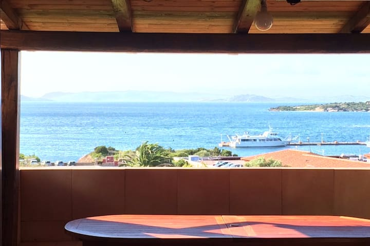 Penthouse with breathtaking view Costa Smeralda