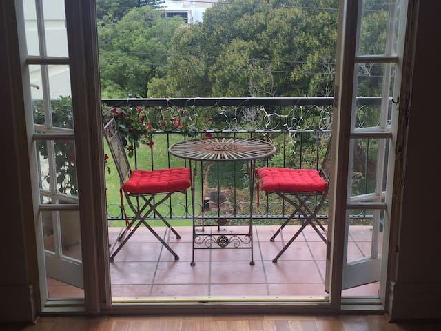 Private double room with ensuite - Northbridge - Bed & Breakfast
