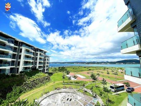 LazyLoong 성산일출봉점 Beautiful Ocean View 40평 특대 바다전망