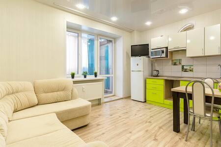"""Апартаменты """"Две Подушки"""" на Пушкина 63"""