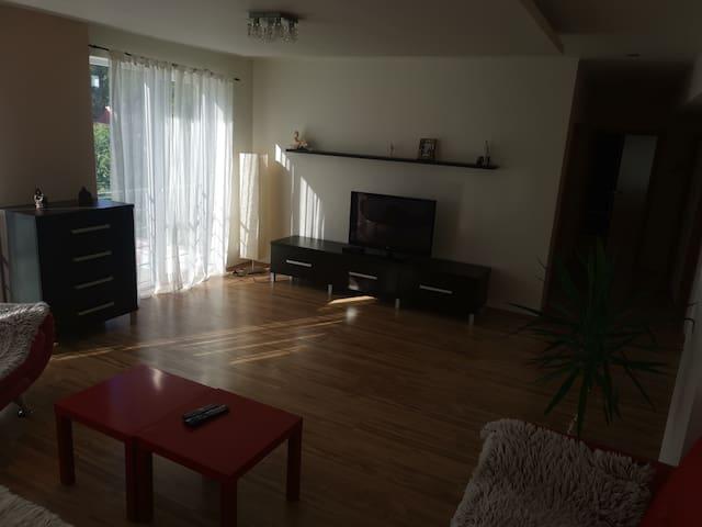 Moderný priestranný slnečný byt v srdci Piešťan