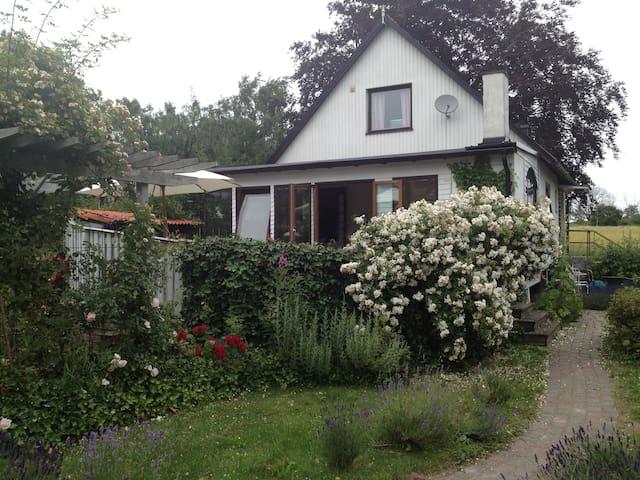 Villa Österlen Gladsax - Gladsax - Casa