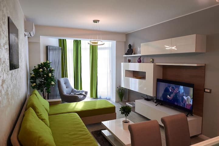 Ambient Holiday Apartment ❤️ Alezzi Resort