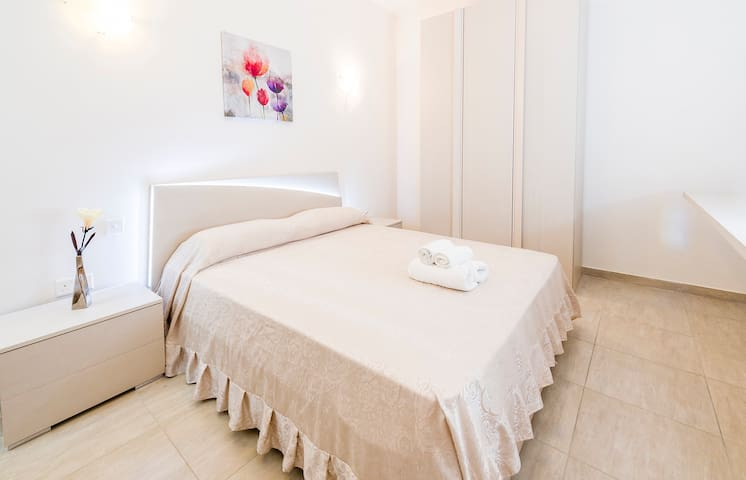Sweet Room between Sliema and Gzira near Ferries