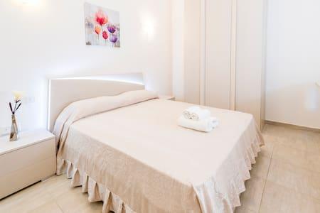 Sweet Room between Sliema and Gzira near Ferries