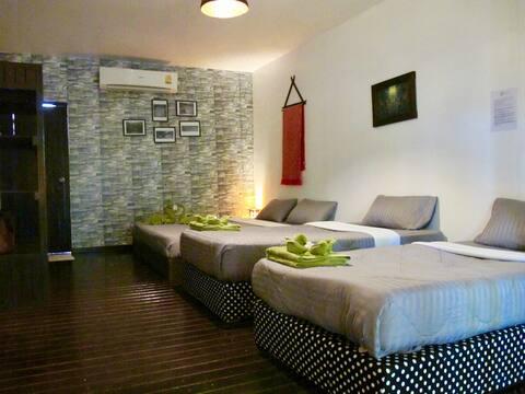Oasis Lipe Resort-Family Room For 4 Pax