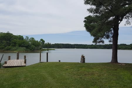 St. Michaels area Waterfront Home w/Deepwater Dock - Neavitt