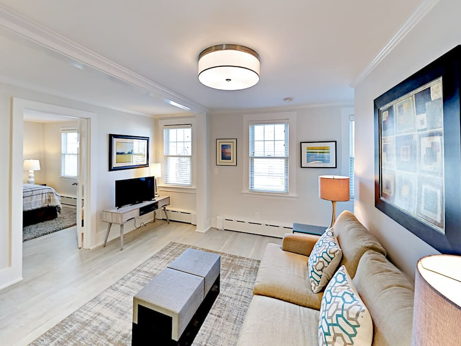 This luxurious condo features beautifully remodeled interiors, all new furnishings, and comfortable accommodations for up to 4 guests.