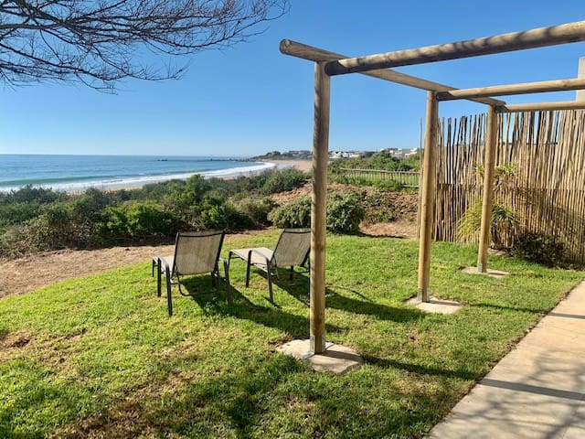 Witbaai Beach House - beachfront bliss
