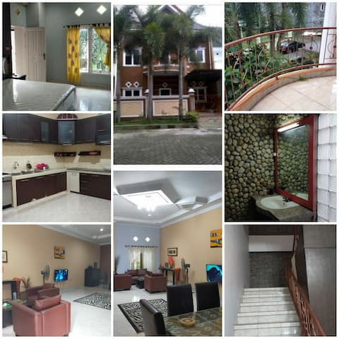 Large comfortable house for LOW price