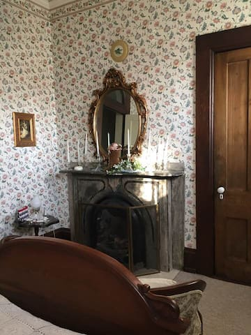 Princess Crystal Room