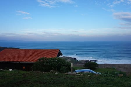 Bungalow with amazing sea views - Carballo