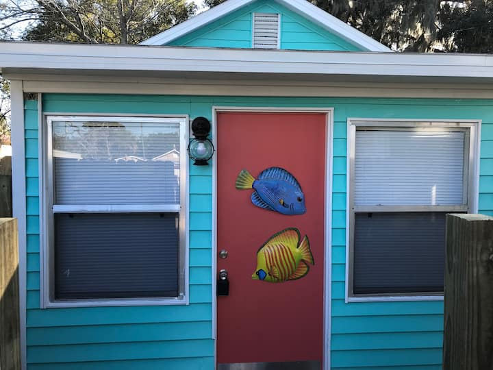 Key West Style Guest House- Downtown NPR Area