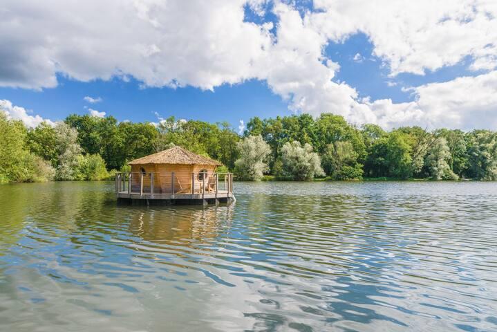 Cabane Lagon pour 2 personnes - Chassey-lès-Montbozon
