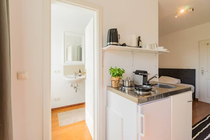 Studio Apartment in Berlin Mitte