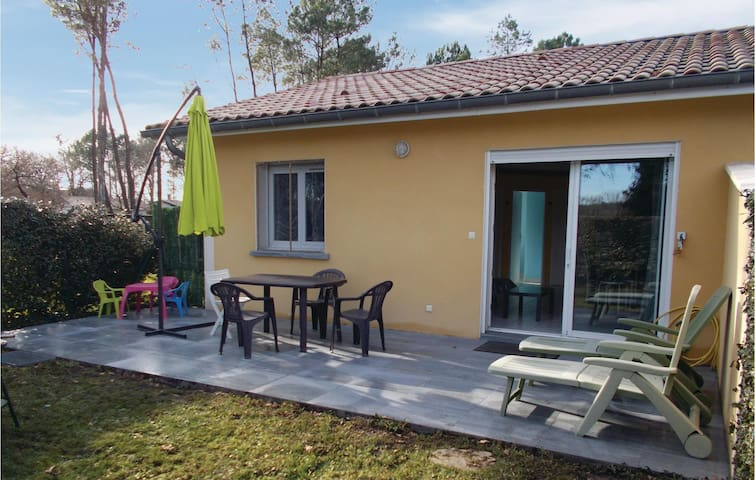 Terraced house with 2 bedrooms on 55 m² FAL059