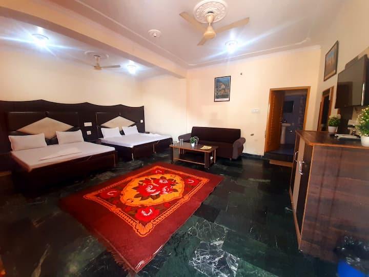 Bhagsunag-2 Bedded-House-Balcony-Parking-Cook