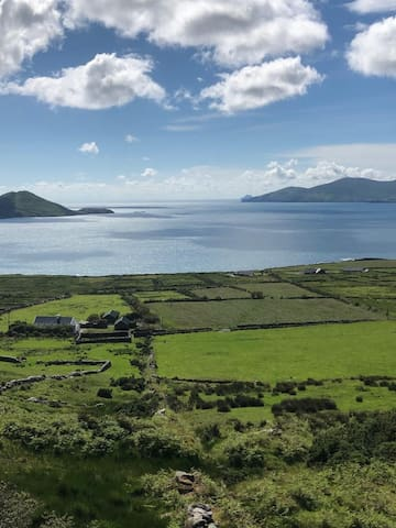Skellig View House: Ring of Kerry: Stunning Views