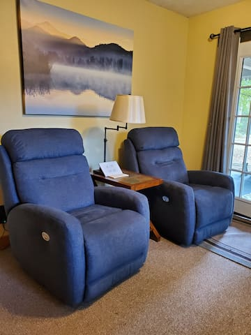 Relax in comfort with these 2 super comfortable electric recliners.