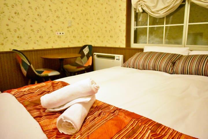 Altitude Madarao - Single room with private bath
