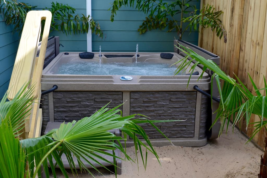 5-person hot tub spa with recliner added in Sept 2017.  Perfect way to begin or end a beautiful day at the beach.