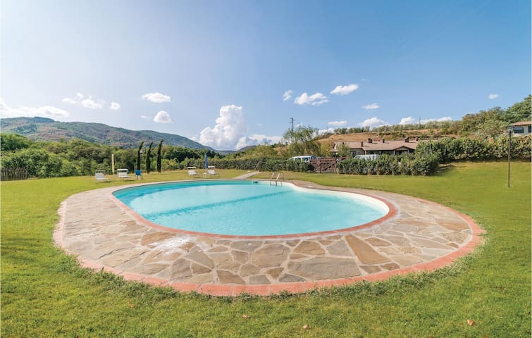 Holiday cottage with 2 bedrooms on 120m² in Figline Val d´Arno-FI-