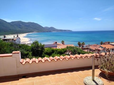 Casa Luigi mit bezauberndem Meeresblick