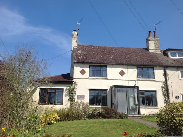Quaint Country Cottage - Dadford - Inap sarapan