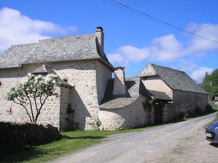 Belle maison en pierre - Vallée du Lot