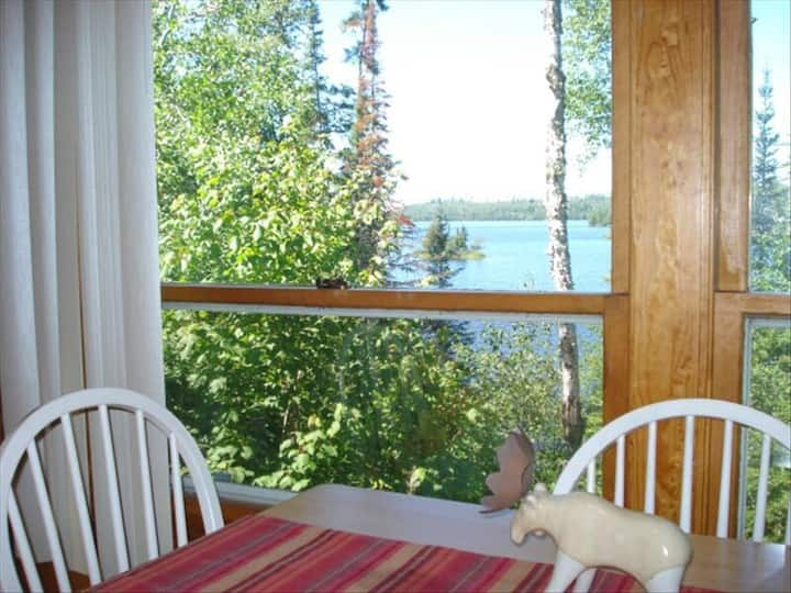 Private cottage, Fall colors, hiking and fishing