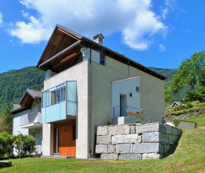 Maison 4 soleil - Casa design, natura e luce